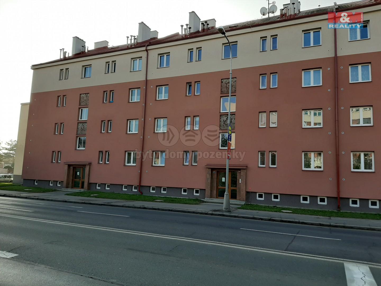 Pronájem, byt 2+1, Hradec Králové, ul. Antonína Dvořáka