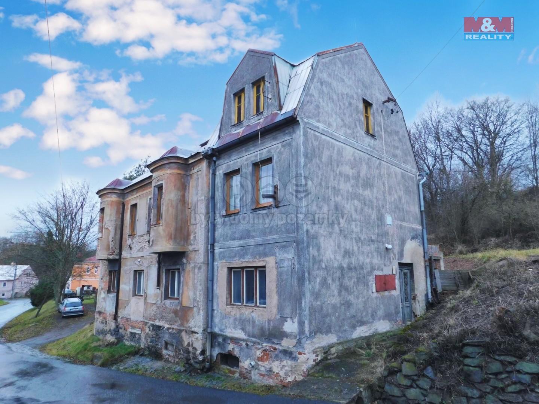 Prodej, rodinný dům, 538 m2, Verušičky