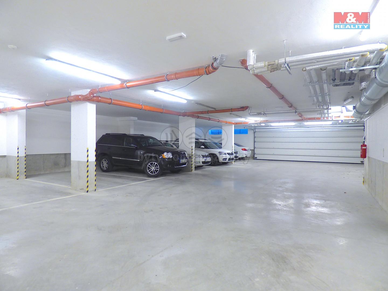 Prodej, garážové stání, Praha 4 - Komořany