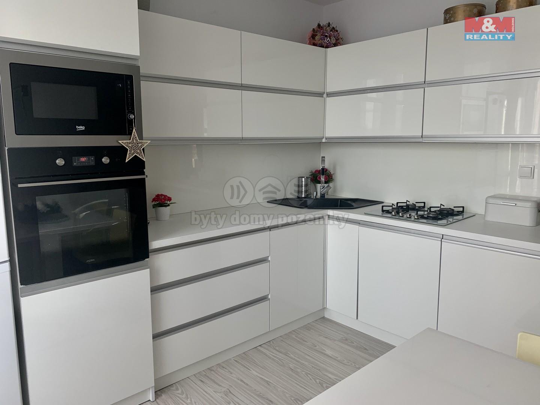 Prodej, byt 3+1, 74 m2, DV, Ostrava, ul. Zdeňka Bára