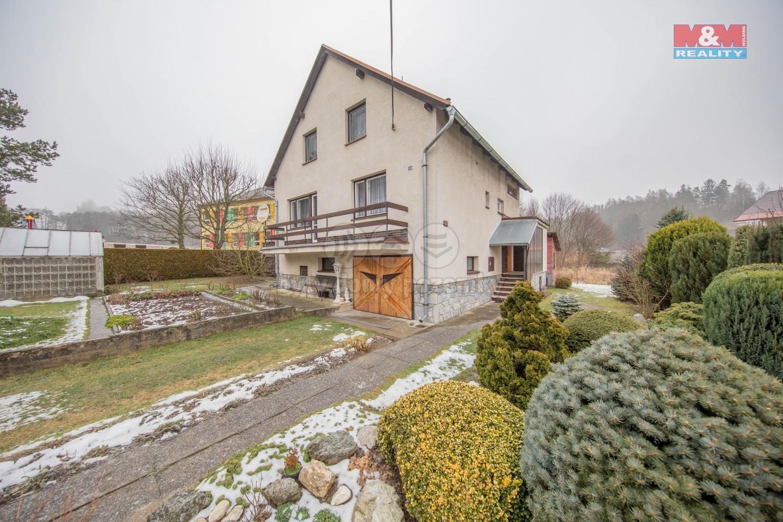 Prodej, rodinný dům, 609 m2, Bušín