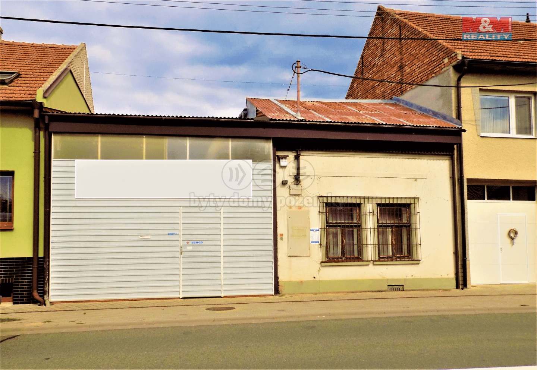 Prodej, rodinný dům, 968 m², Tasov