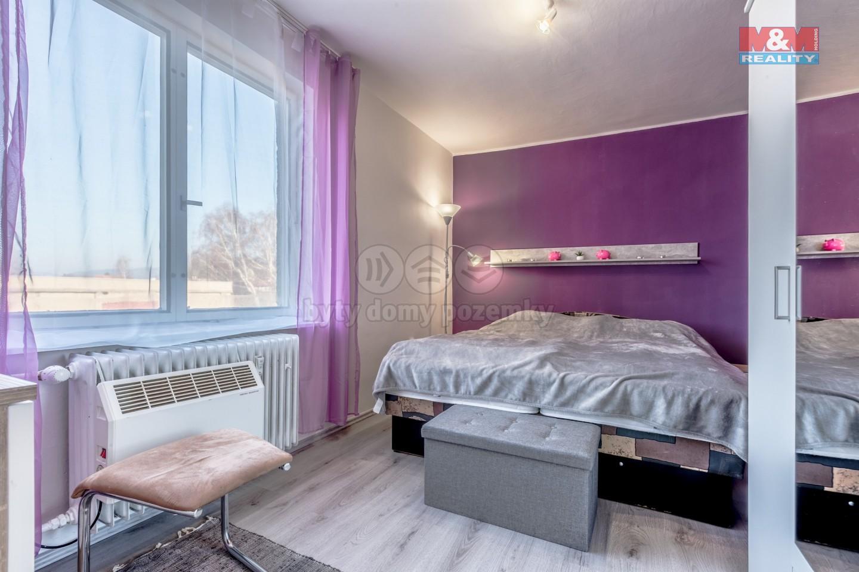 Prodej, byt 3+1, 75 m², Lobeč, garáž