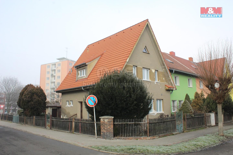 Prodej, rodinný dům 4+1, 398 m2, Bílina, ul. Prokopa Holého