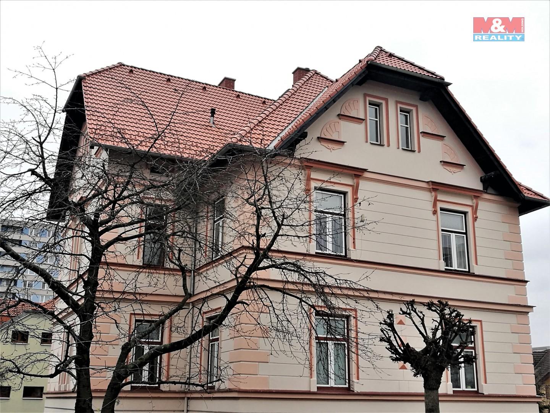Pronájem, byt 1+kk, Hradec Králové
