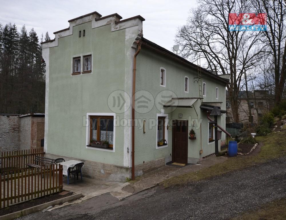 Prodej, rodinný dům, 240 m², Trutnov, ul. Za Ličnou