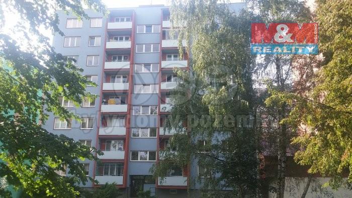 Pronájem, byt 1+kk, Ostrava, ul. U Parku