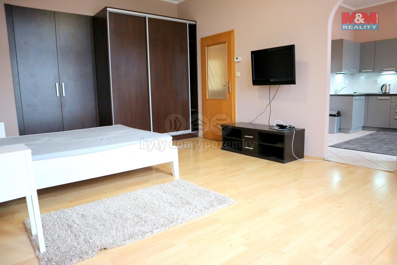 Pronájem, byt 2+kk, 45 m², Plzeň, ul. sady 5. května