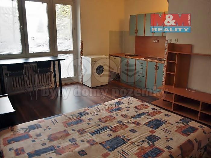 Pronájem, byt 1+kk, 26 m2, Ostrava - Poruba, ul. M. Majerové