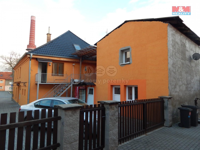 Prodej, rodinný dům, Dobrovice, ul. Palackého náměstí