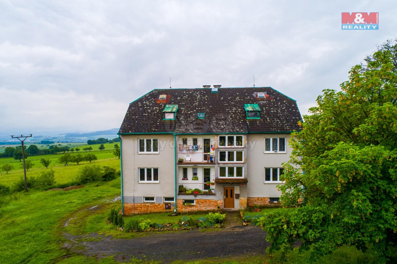Prodej nájemního domu, 1562 m², Dlažov