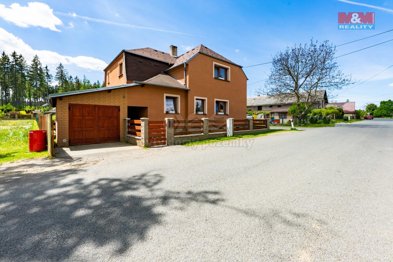 Prodej, rodinný dům, 1 019 m², Bezvěrov