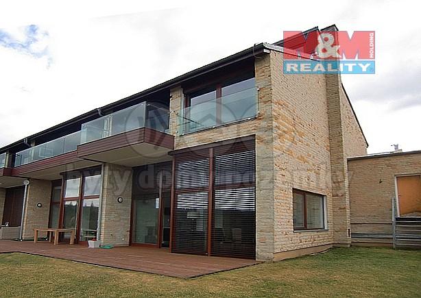 Prodej rodinného domu, 248 m2, Beroun, ul. Na Golfu