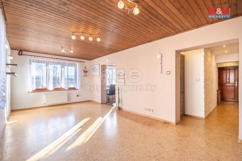 Prodej bytu 3+1, Neumětely, 70m2