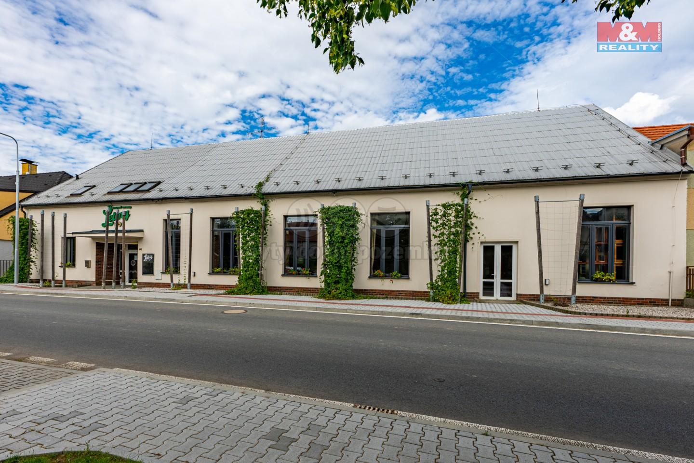 Prodej restaurace, stravování, 1054 m², Letiny