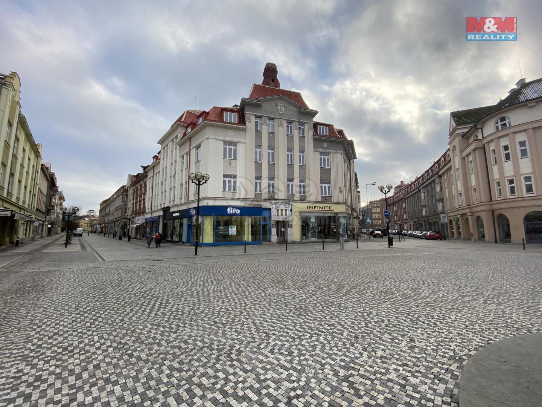 Pronájem bytu 4+1, 130 m², Hradec Králové