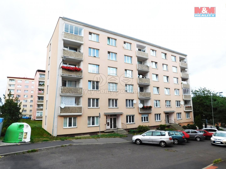 Prodej bytu 1+1, 35 m², Karlovy Vary, ul. Třešňová