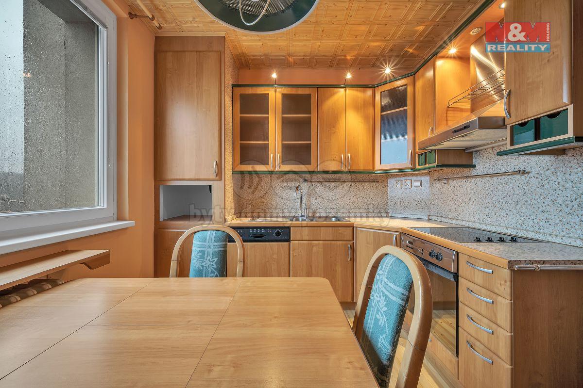 Prodej bytu 3+1, 74 m², Náchod, ul. Bílá