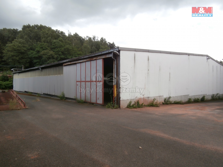Pronájem skladu, 2800 m², Červený Kostelec, ul. Jiráskova