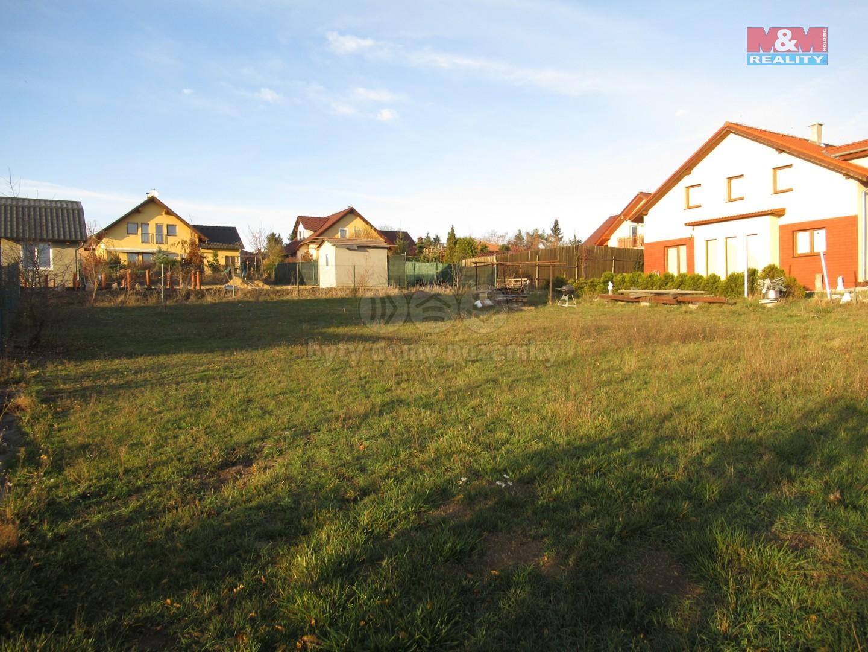 Prodej pozemku k bydlení, 770 m², Dobříč