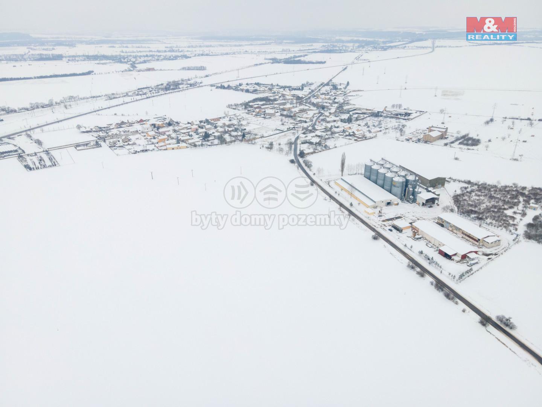 Prodej pozemku, 21000 m², Spomyšl