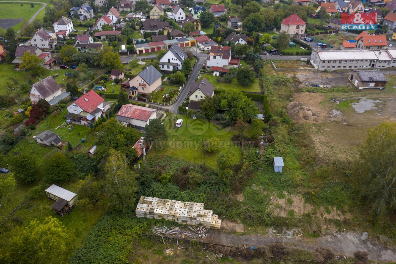 Prodej pozemku k bydlení, 1329 m², Velké Březno - Valtířov