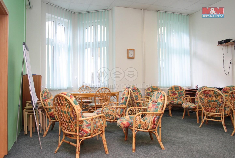 Pronájem kancelářského prostoru, 415 m², Opava - Město