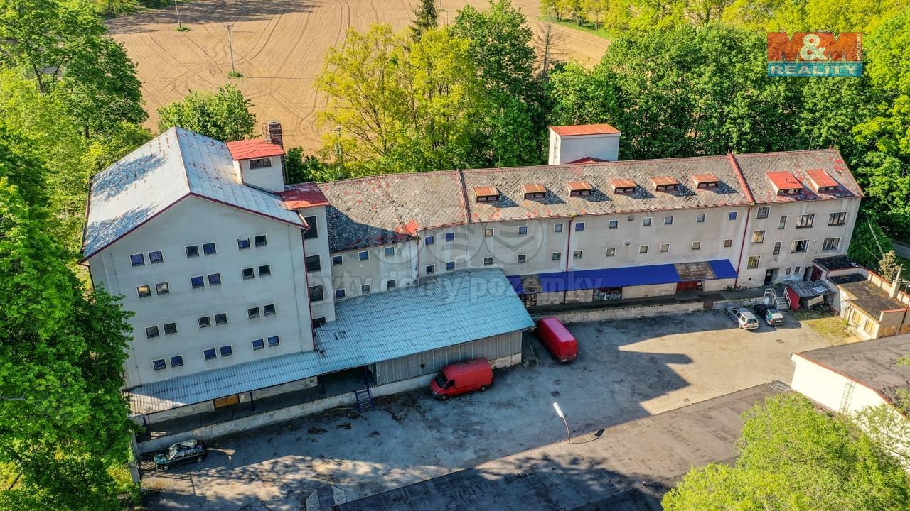 Pronájem skladu, 2077 m², Jindřichův Hradec - Dolní Skrýchov