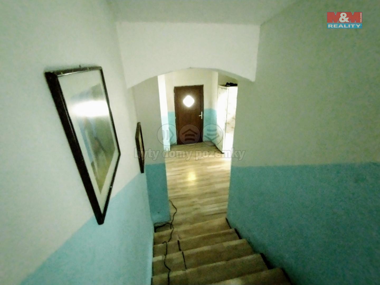schody z patra