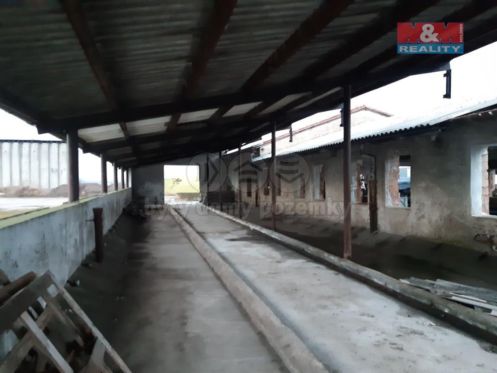 Prodej zemědělského objektu, 796 m², Prasek