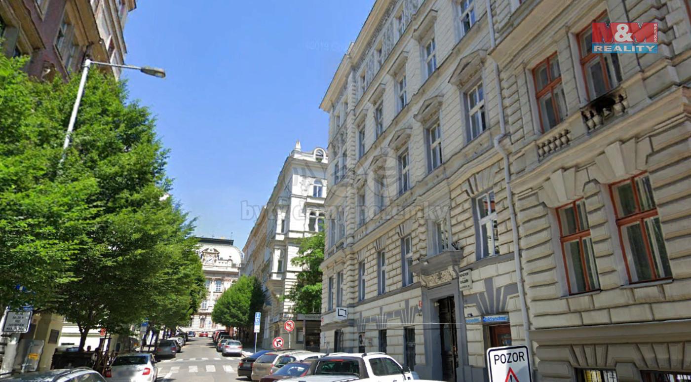 Pronájem bytu 2+1, Praha, ul. Balbínova