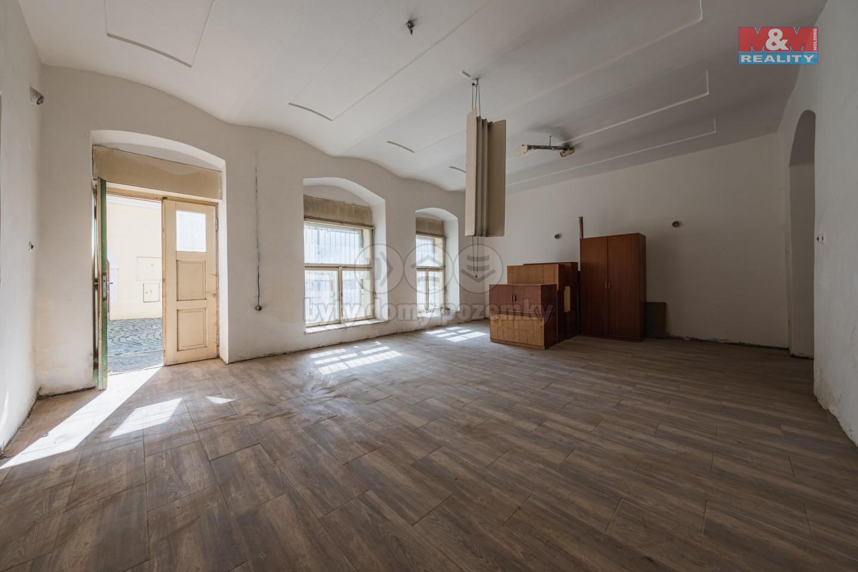 Prodej rodinného domu, 539 m², Načeradec, ul. Zámecké náměstí