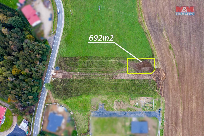 Prodej pozemku k bydlení, 692 m², Břasy