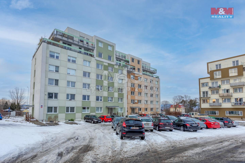 Prodej bytu 1+1, 30 m², Karlovy Vary, ul. Dubová