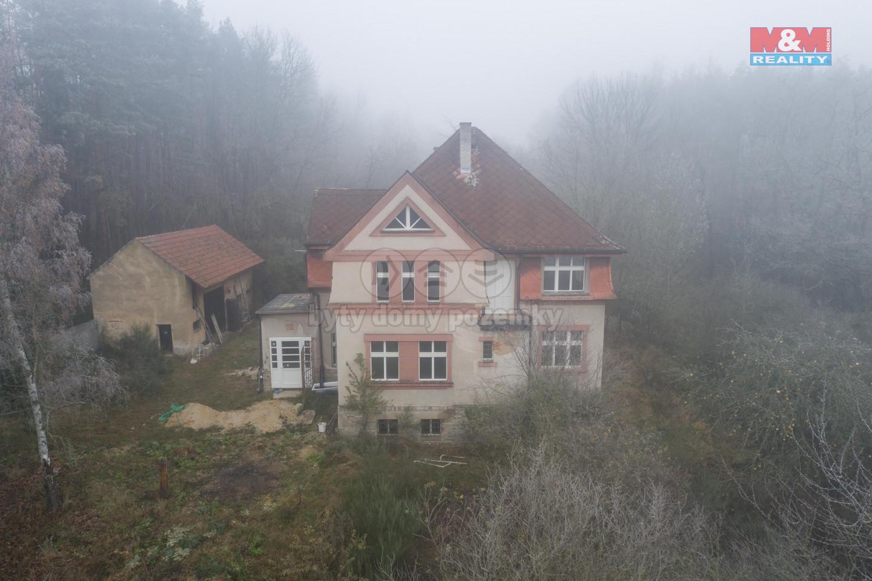 Prodej rodinného domu, 33 046 m², Nesuchyně