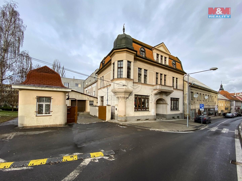 Prodej nájemního domu, 799 m², Bílina, ul. Seifertova