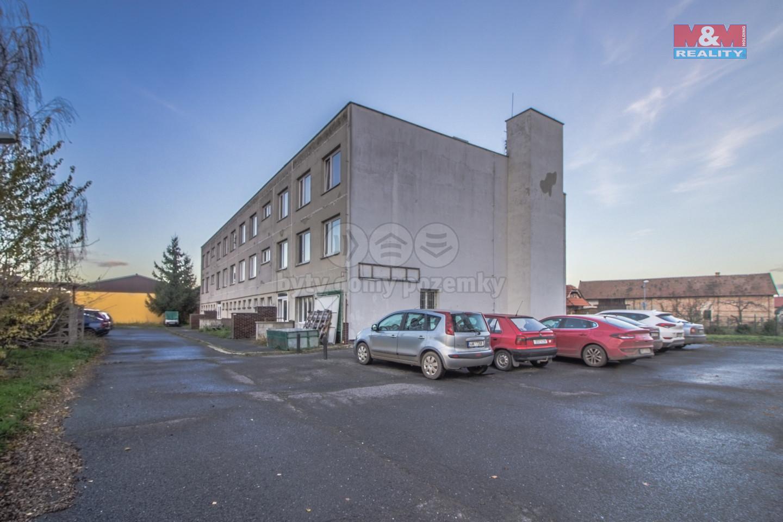Prodej bytu 2+1, 40 m², Chrášťany u Českého Brodu