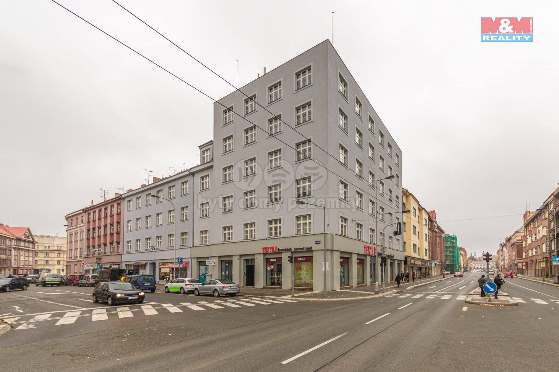 Pronájem bytu 2+kk, 55m², Hradec Králové