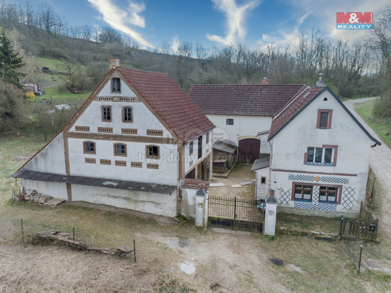 Prodej, rodinný dům, 3962 m², Hoštka