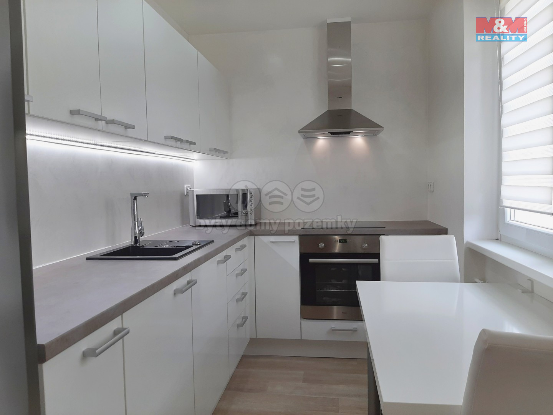 Pronájem bytu 2+1, 47 m², Vsetín, ul. Luh
