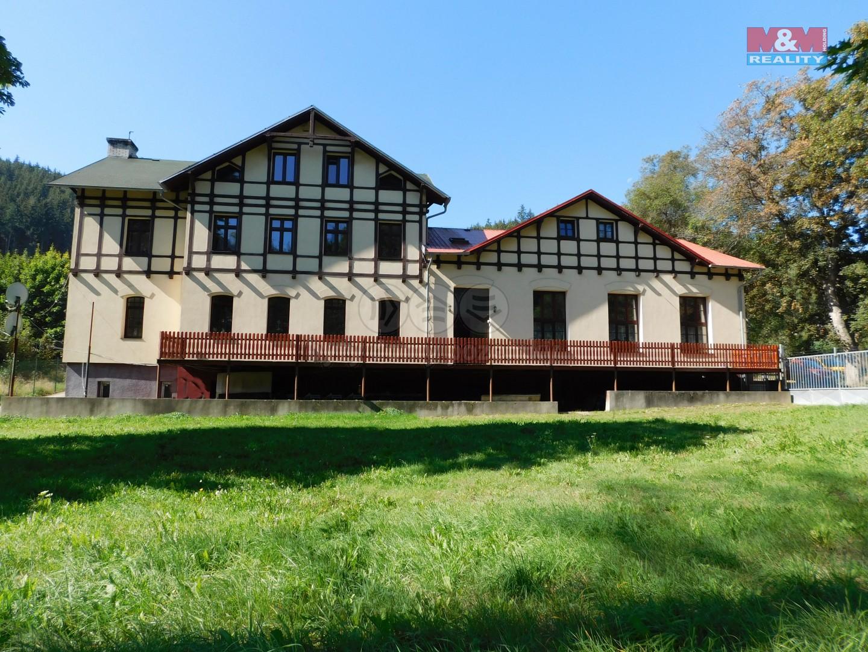 Pronájem bytu 1+kk, 27 m², Karlovy Vary, ul. K Přehradě