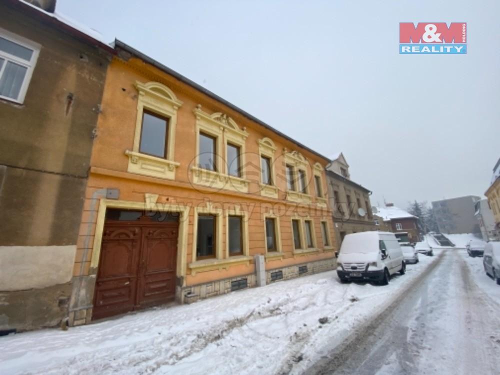 Prodej bytového domu v Krupce, ul. Jiráskova