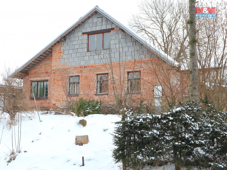 Prodej rodinného domu, 261 m², Dolní Dobrouč