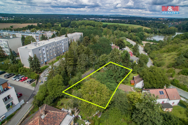 Prodej pozemku k bydlení, 979 m², Plzeň