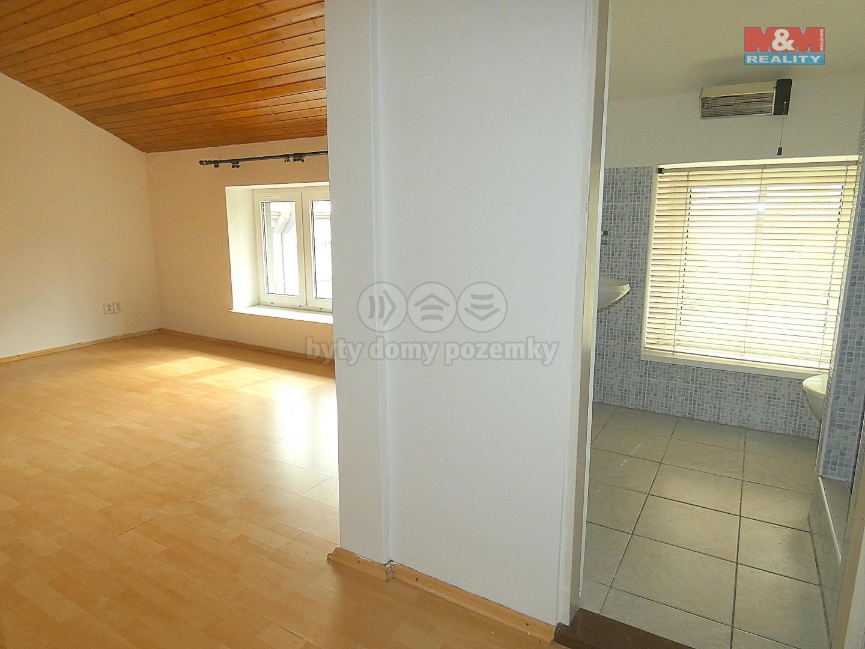 Pronájem, byt 1+1, Ostrava, ul. Jaklovecká