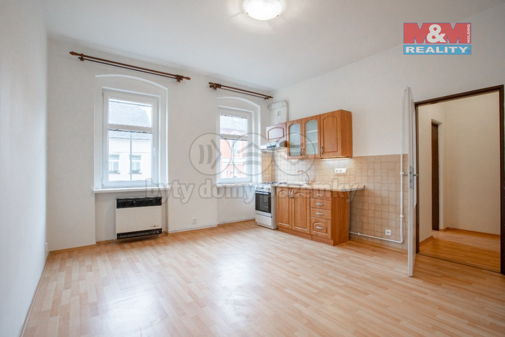 Prodej dvou nájemních domů, areál 341 m², Karlovy Vary-Dvory