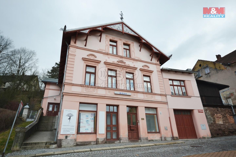 Prodej rodinného domu, 600 m², Semily, ul. Petřinova