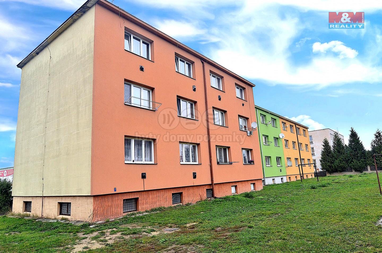 Prodej bytu 3+1, 64 m², Kostelec nad Labem, ul. Na Sídlišti