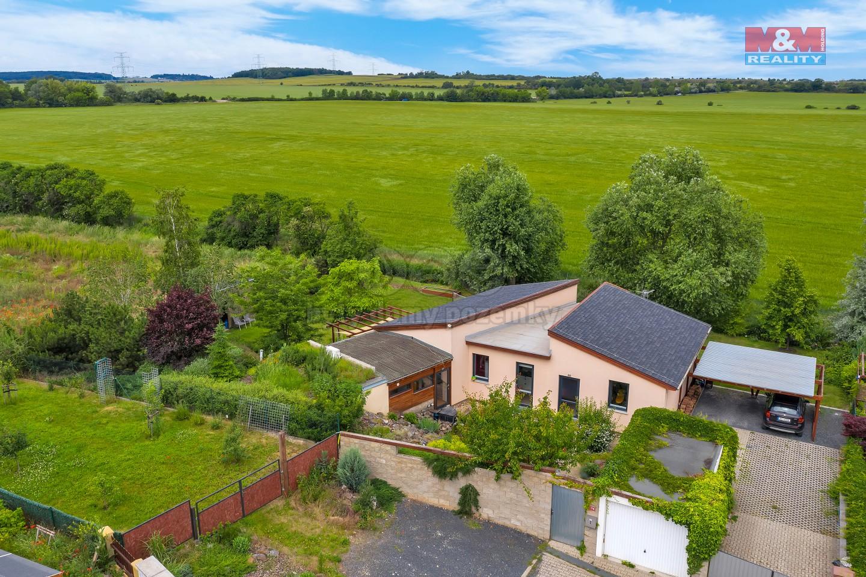 DJI_0786.jpg (Prodej rodinného domu, Zlonín), foto 1/33