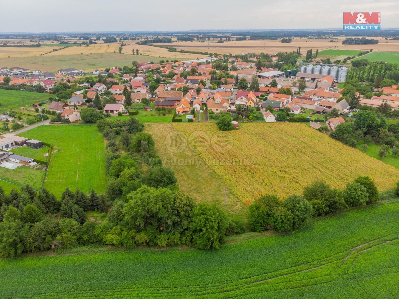 Prodej pozemku k bydlení, 3678 m², Pečky